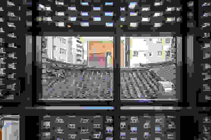 (주)건축사사무소 더함 / ThEPLus Architects ห้องทำงาน/อ่านหนังสือ