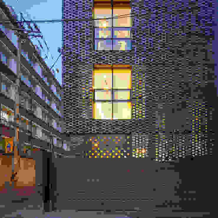 (주)건축사사무소 더함 / ThEPLus Architects บ้านและที่อยู่อาศัย