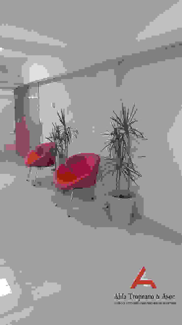 Aida tropeano& Asociados Modern study/office