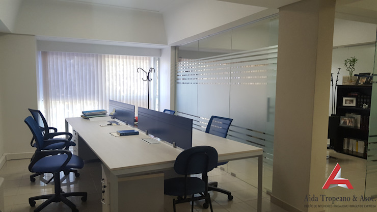 Aida tropeano& Asociados Study/officeAccessories & decoration