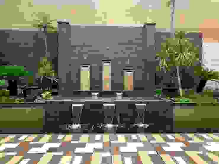 TUKANG KOLAM MINIMALIS Dinding & Lantai Minimalis Oleh Tukang Taman Surabaya - Tianggadha-art Minimalis Batu