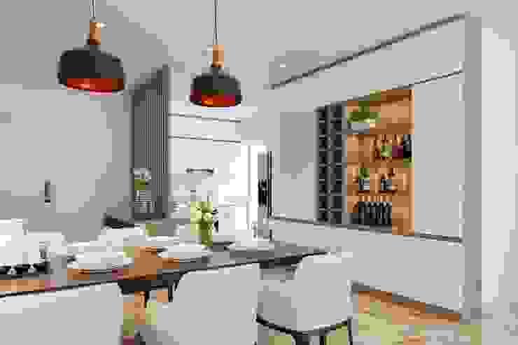 không gian phòng ăn rộng rãi và thông thoáng Phòng ăn phong cách hiện đại bởi Công ty TNHH Nội Thất Mạnh Hệ Hiện đại