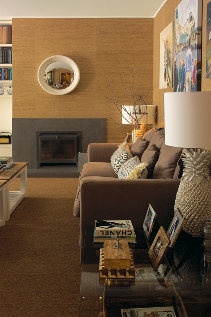 Gavetão- Decoração de Interiores Eclectic style living room Wood Brown