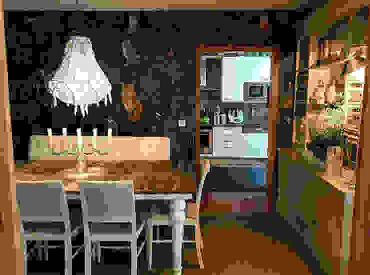 Gavetão- Decoração de Interiores Eclectic style dining room Wood Wood effect