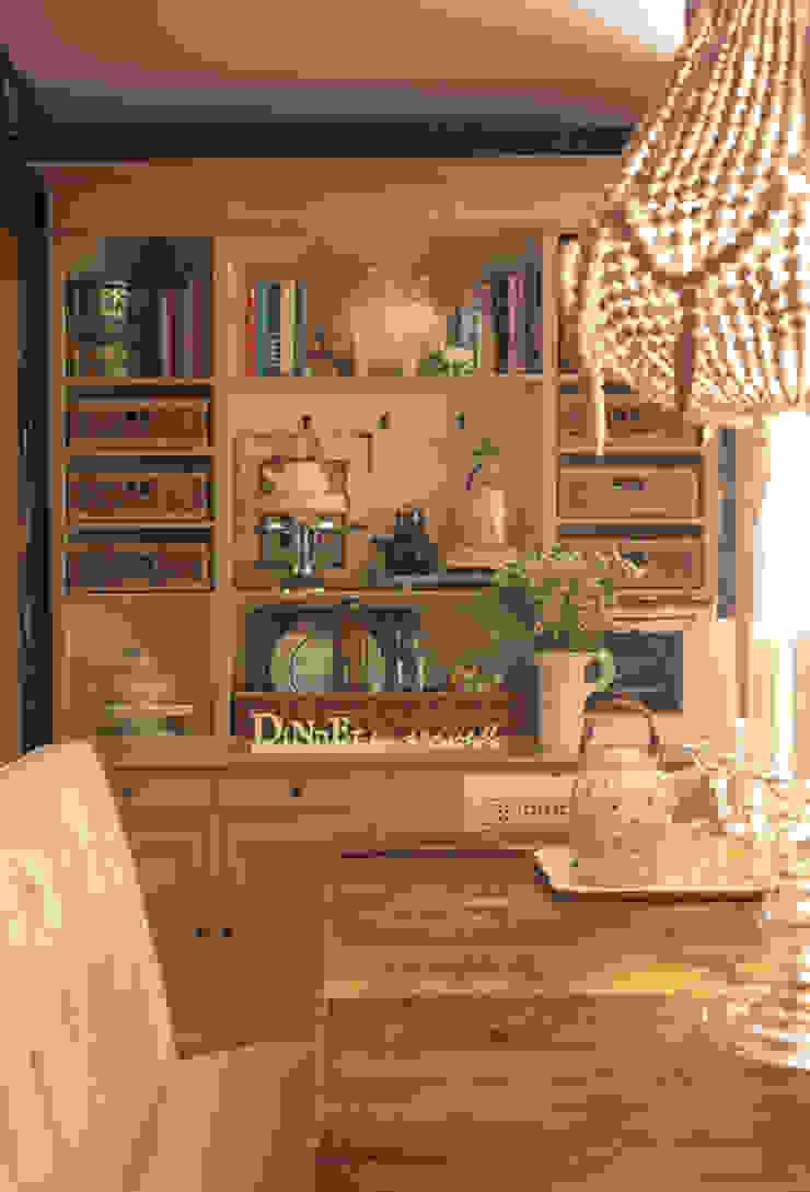 Gavetão- Decoração de Interiores Eclectic style dining room Wood Beige