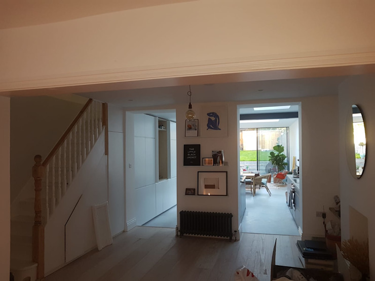 Bespoke House Extension project w4 Modern Corridor, Hallway and Staircase by Design and Build London Renovation Modern