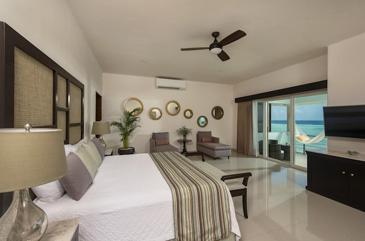 Casa fortuna Tropical style bedroom by AC Construcciones Tropical