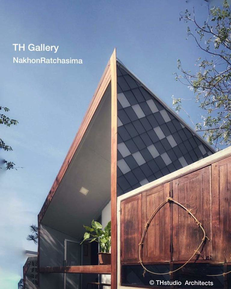 TH​ Gallery​ & Cafe​ โดย THstudio Architects​ โมเดิร์น ไม้ Wood effect
