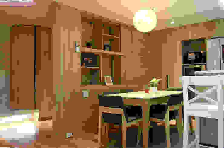 餐廳/兼具隔間二用的雙面功能櫃 圓方空間設計 系統廚具 合板 White