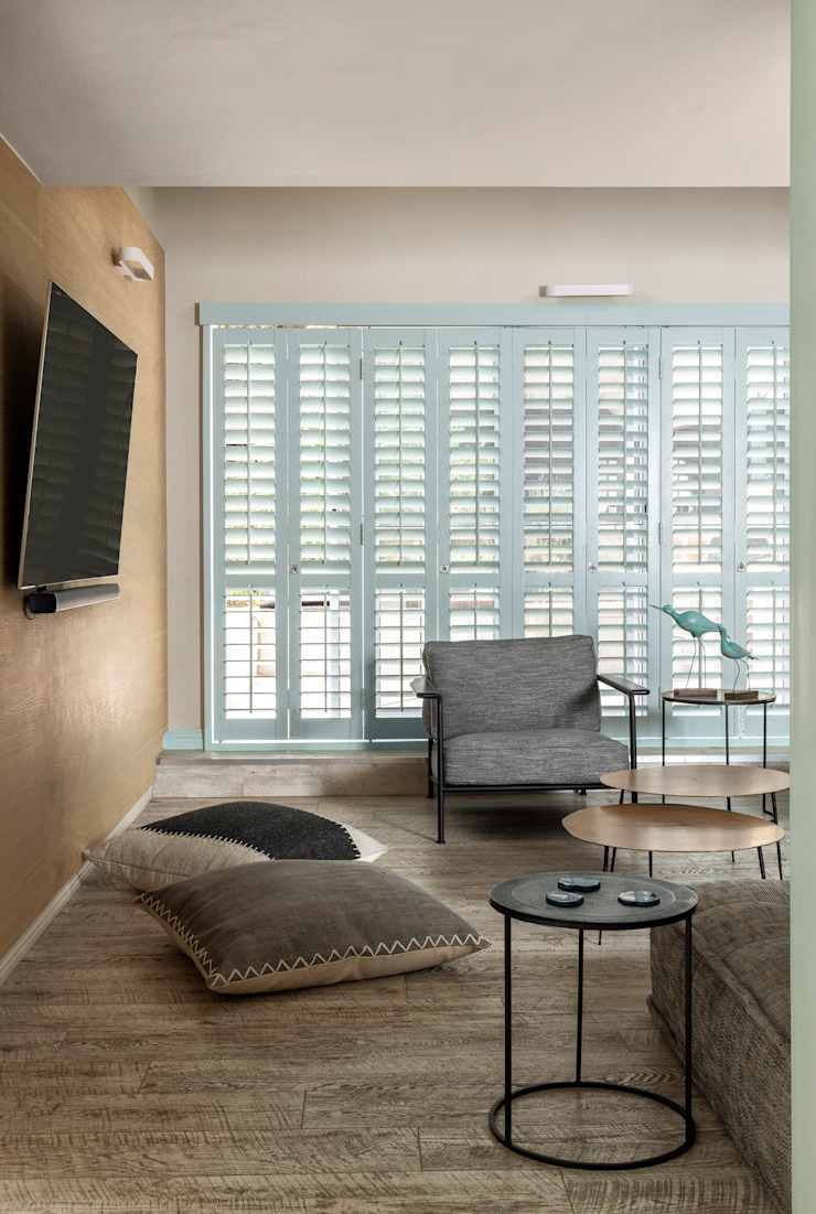 Shutters Deborah Garth Interior Design International (Pty)Ltd Modern living room