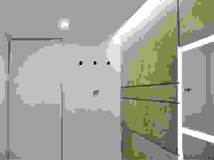 El Cigarral Baños de estilo minimalista de RRA Arquitectura Minimalista Mármol