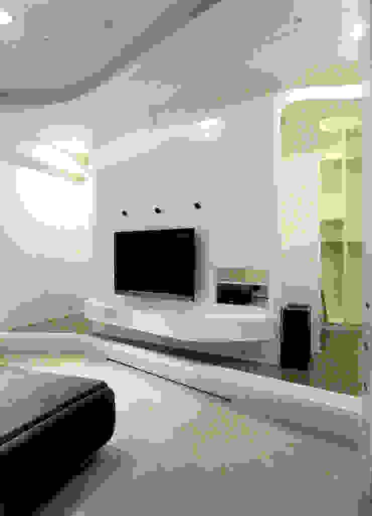 Livings de estilo moderno de 形構設計 Morpho-Design Moderno