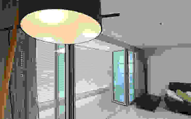 블랑브러쉬 Salon moderne