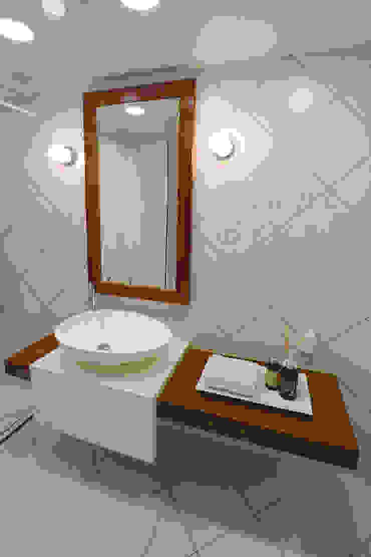 블랑브러쉬 Salle de bain moderne