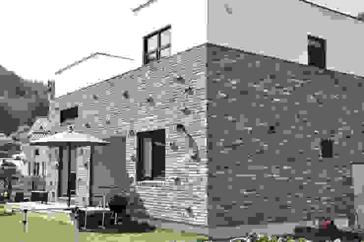 JY HOUSE 모던스타일 주택 by 건축사사무소 이가소 / igaso architects & planners 모던