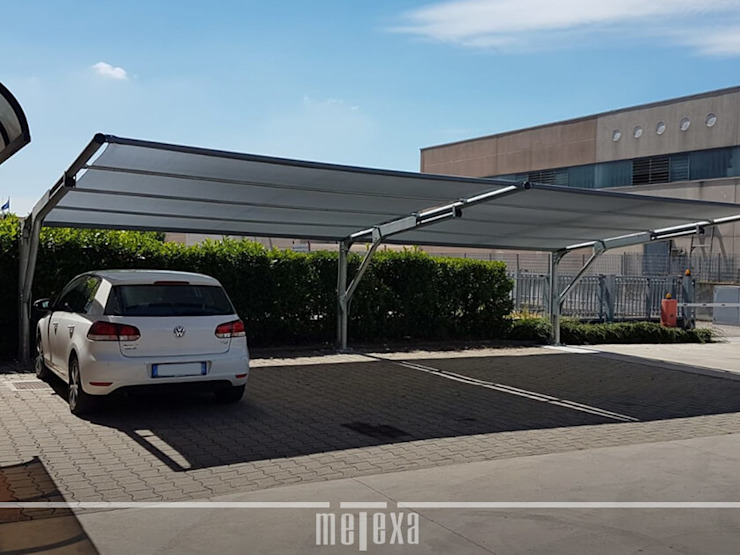METEXA SAS Office spaces & stores Metal Metallic/Silver