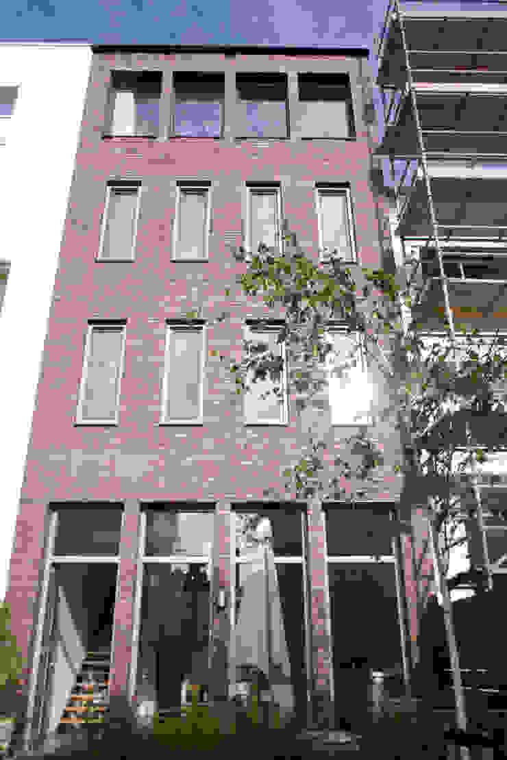 Herenhuis Moderne tuinen van TEKTON architekten Modern