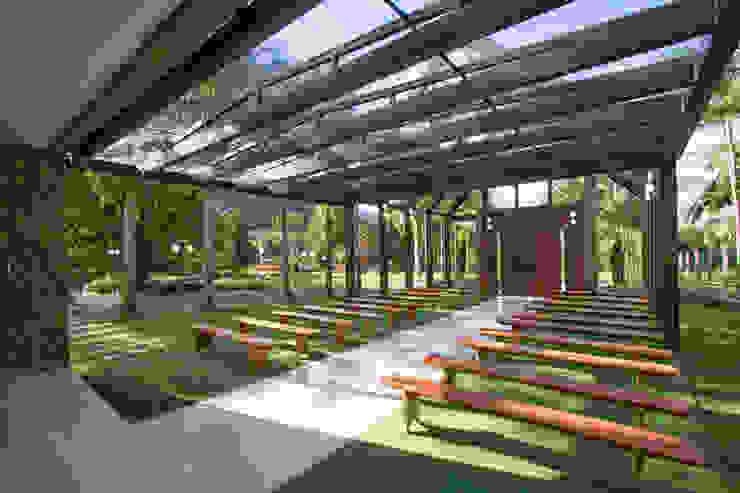 Country style event venues by Estúdio Kza Arquitetura e Interiores Country