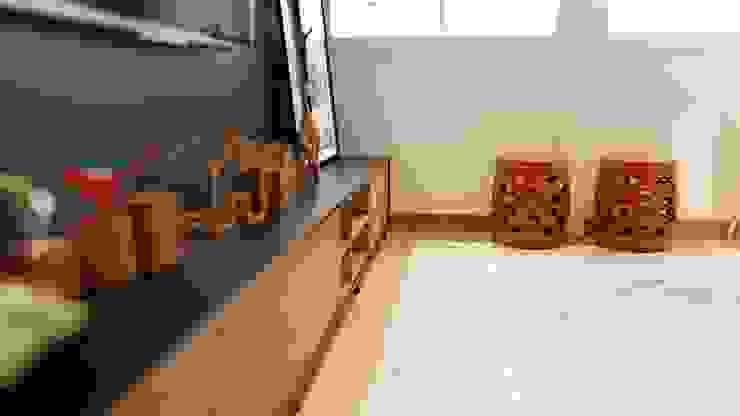 Gelker Ribeiro Arquitetura | Arquiteto Rio de Janeiro Living roomTV stands & cabinets MDF Yellow