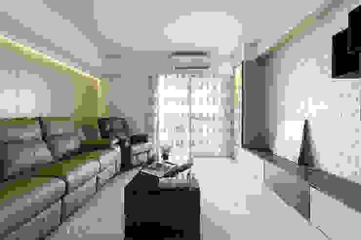 WANG House 元作空間設計 现代客厅設計點子、靈感 & 圖片