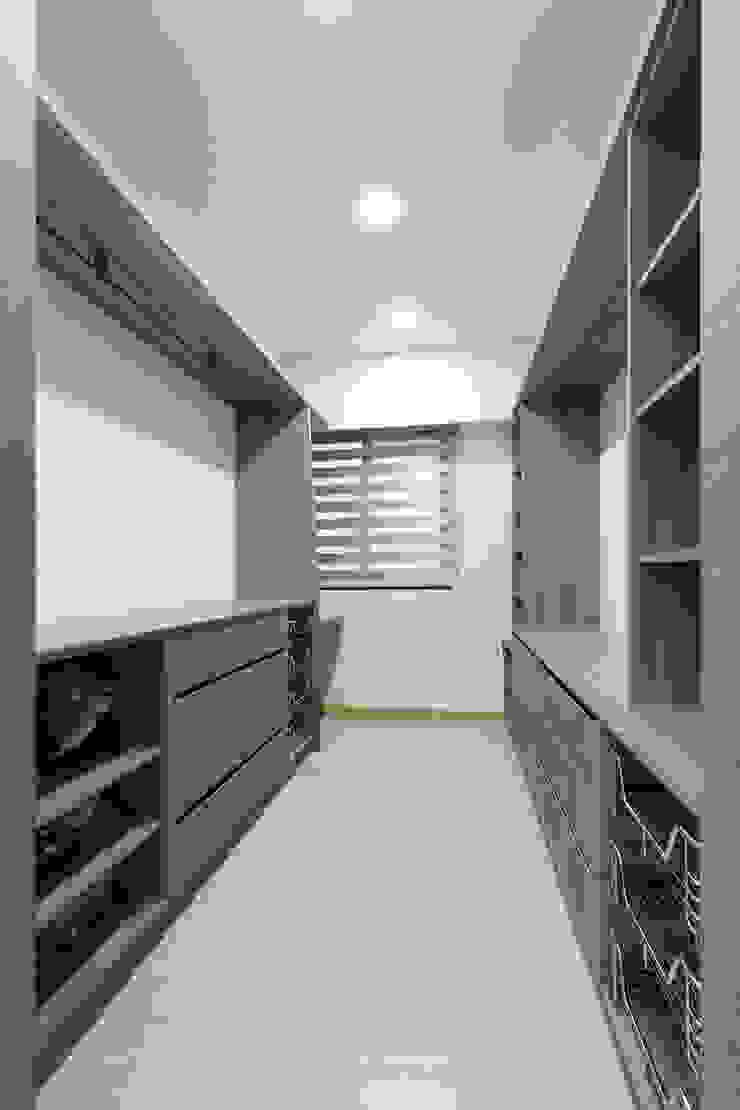 WANG House 元作空間設計 更衣室