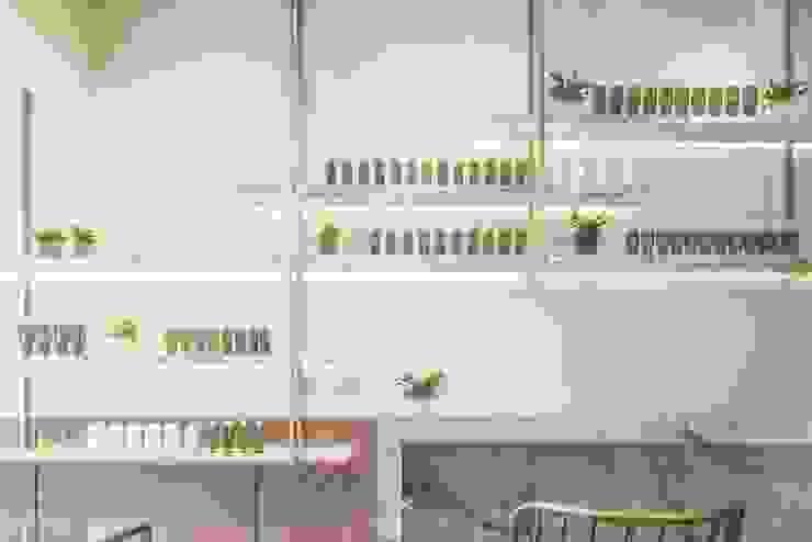 養食|Living-a-better-life Organic Grocery 理絲室內設計有限公司 Ris Interior Design Co., Ltd. 牆面 木頭 Metallic/Silver