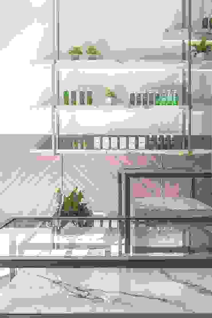 養食|Living-a-better-life Organic Grocery 理絲室內設計有限公司 Ris Interior Design Co., Ltd. 牆面 塑木複合材料 Wood effect