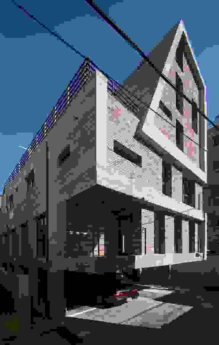 Centinnial _ 상가주택 by 건축사사무소 이가소 / igaso architects & planners 모던