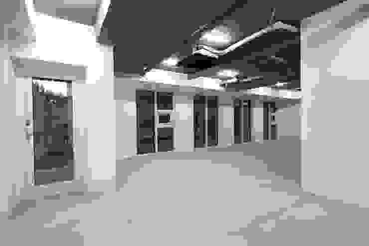 Centinnial _ 상가주택 모던스타일 서재 / 사무실 by 건축사사무소 이가소 / igaso architects & planners 모던