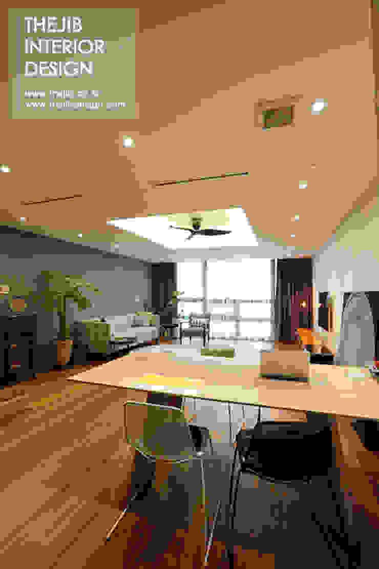 Modern Living Room by 더집디자인 (THEJIB DESIGN) Modern