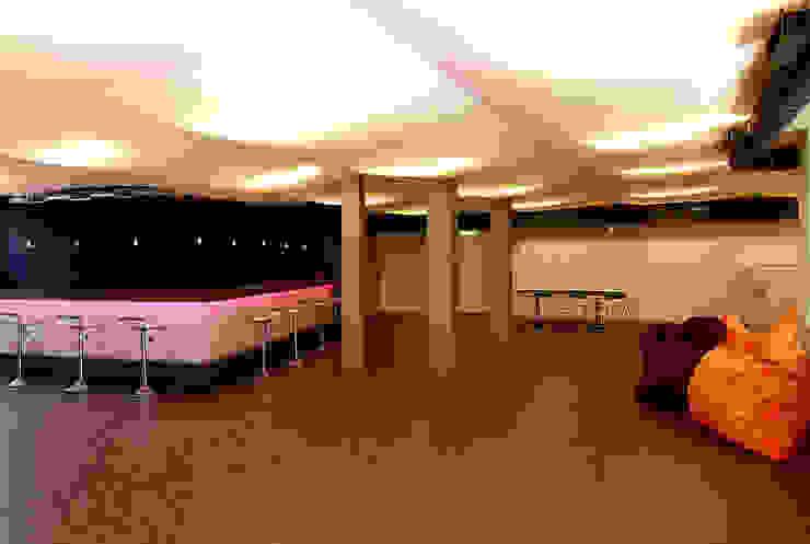 Aufenthaltsraum:  Wohnzimmer von WSM ARCHITEKTEN,