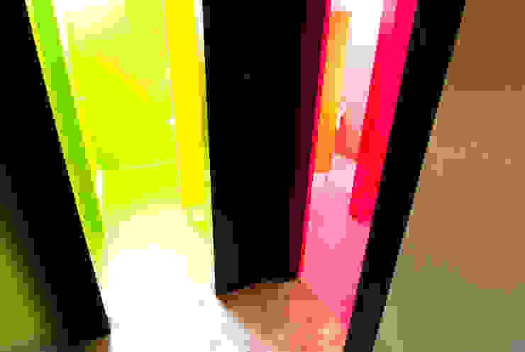 Beleuchtung Toiletten:  Badezimmer von WSM ARCHITEKTEN,
