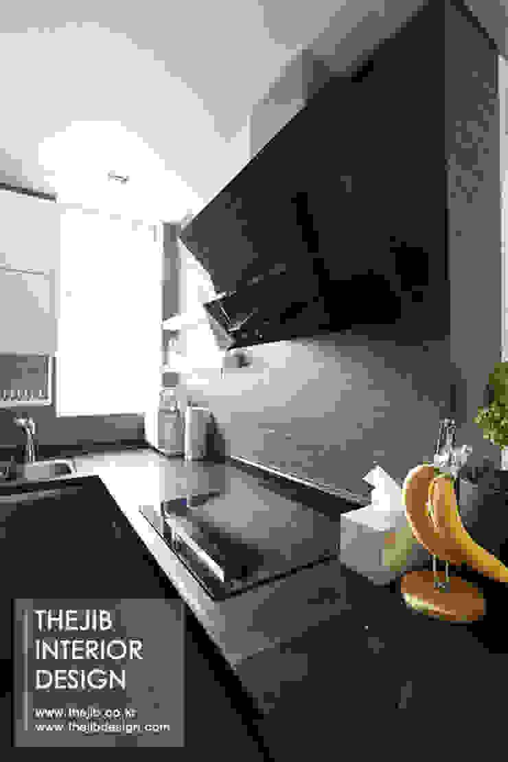 분당구 정자동 삼성 아데나루체 49평 아파트 인테리어 모던스타일 주방 by 더집디자인 (THEJIB DESIGN) 모던