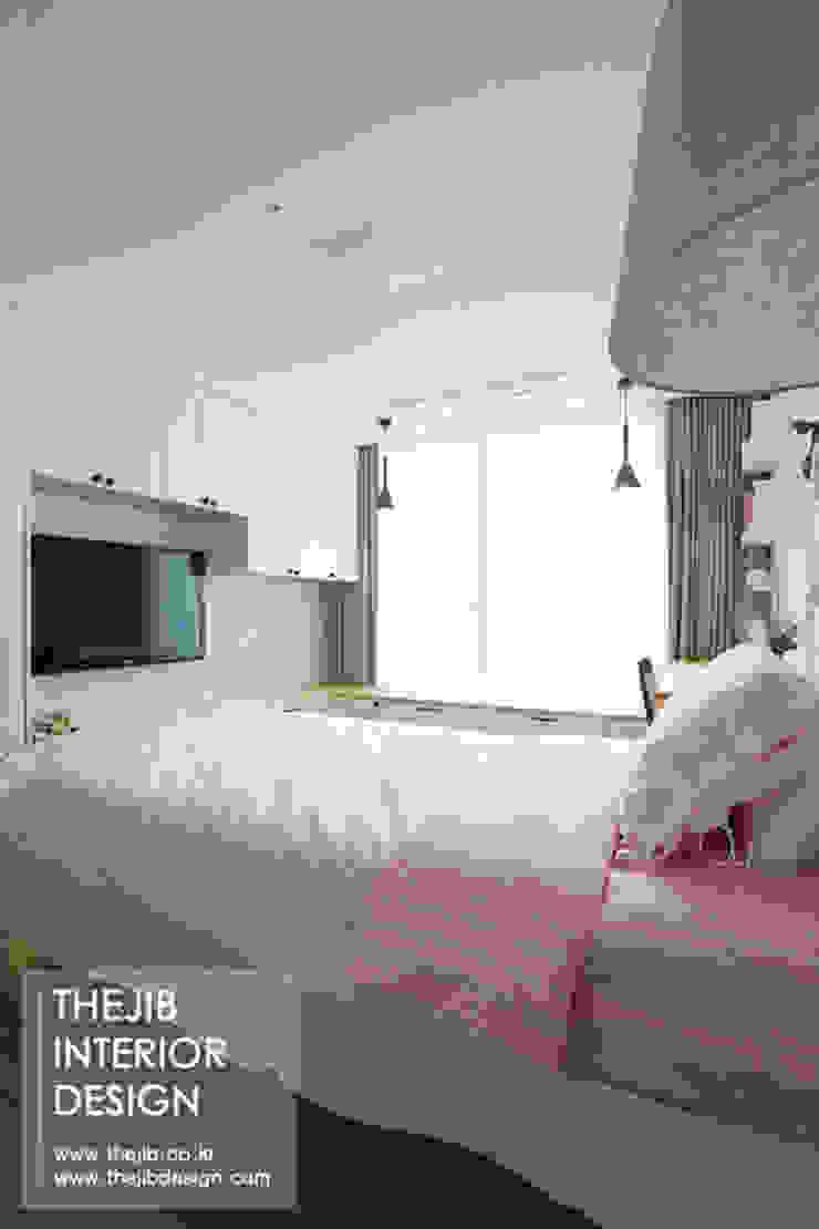 분당구 정자동 삼성 아데나루체 49평 아파트 인테리어 모던스타일 침실 by 더집디자인 (THEJIB DESIGN) 모던
