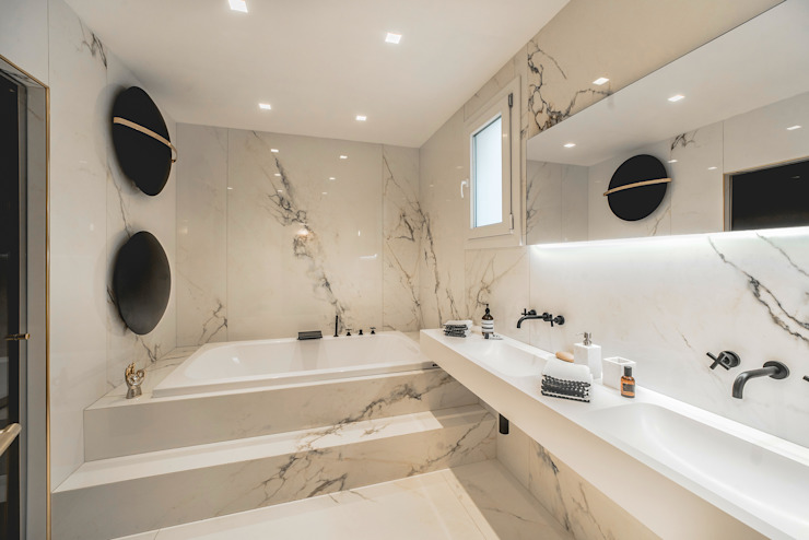 Pop House Eclectic style bathroom by MODO Architettura Eclectic