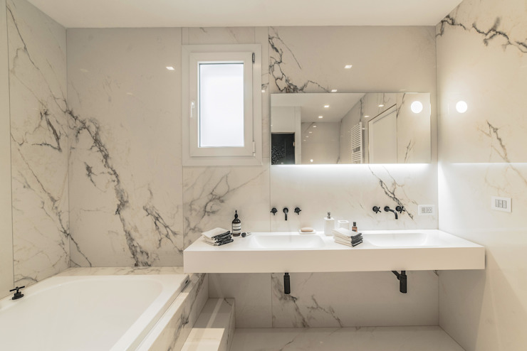 main bathroom Eclectic style bathroom by MODO Architettura Eclectic