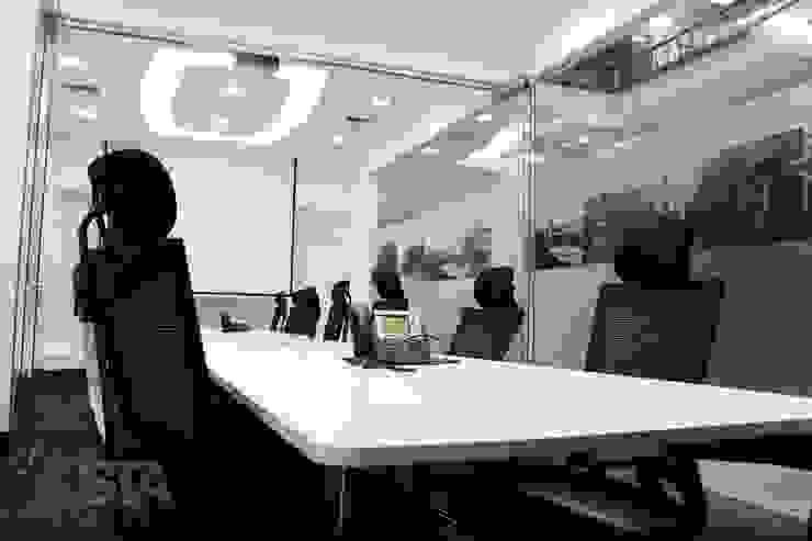 Directorio de Soluciones Técnicas y de Arquitectura Moderno