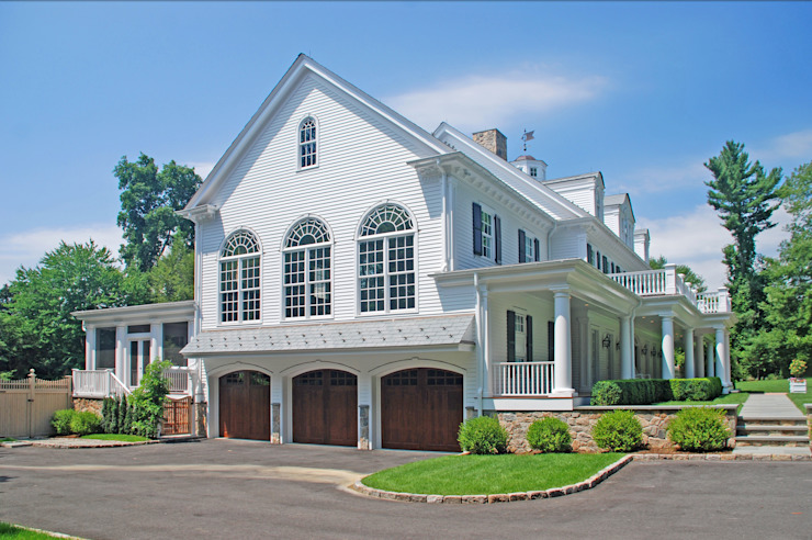 Custom Colonial Home, Westport CT by DeMotte Architects Colonial style houses by DeMotte Architects, P.C. Colonial