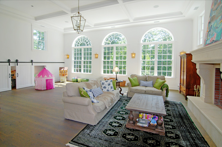 Custom Colonial Home, Westport CT by DeMotte Architects Colonial style living room by DeMotte Architects, P.C. Colonial