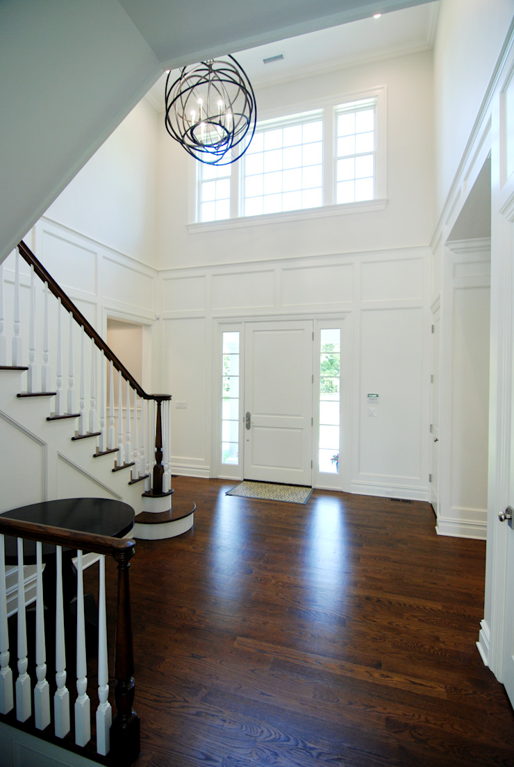 Custom Colonial Home, Scarsdale, NY by DeMotte Architects Colonial style corridor, hallway& stairs by DeMotte Architects, P.C. Colonial
