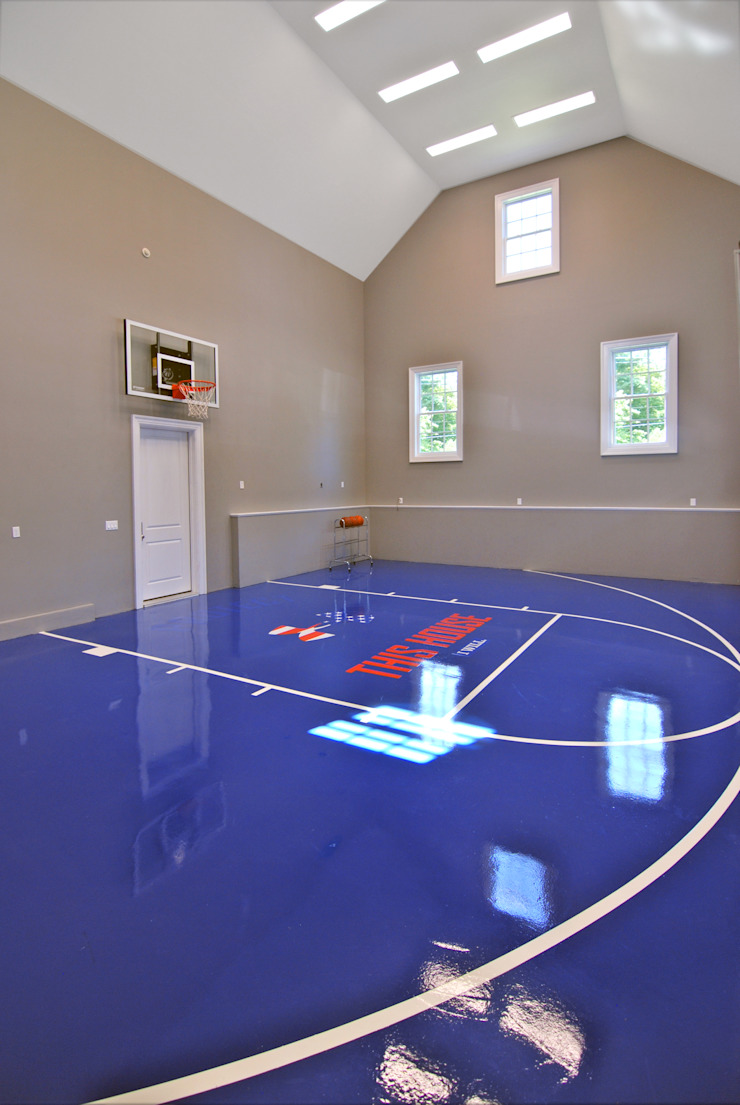 Custom Colonial Home, Scarsdale, NY by DeMotte Architects Colonial style gym by DeMotte Architects, P.C. Colonial