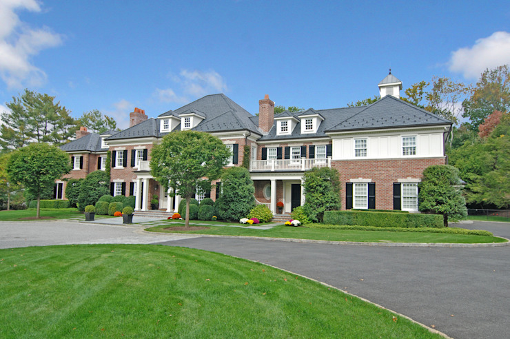 Georgian Colonial, Greenwich, CT by DeMotte Architects Classic style houses by DeMotte Architects, P.C. Classic
