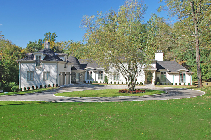 Addition/Remodel, Greenwich CT by DeMotte Architects Classic style houses by DeMotte Architects, P.C. Classic