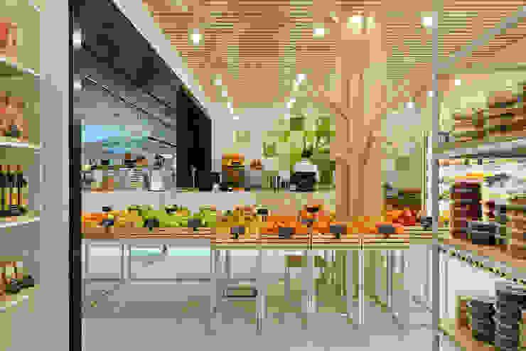 Gastronomie minimaliste par YUDIN Design Minimaliste