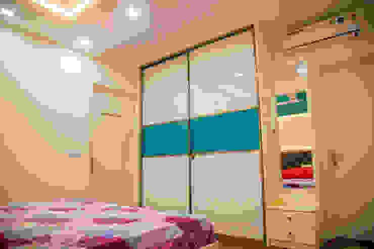 3BHK Contemporary Home Modern Bedroom by Modulart Modern