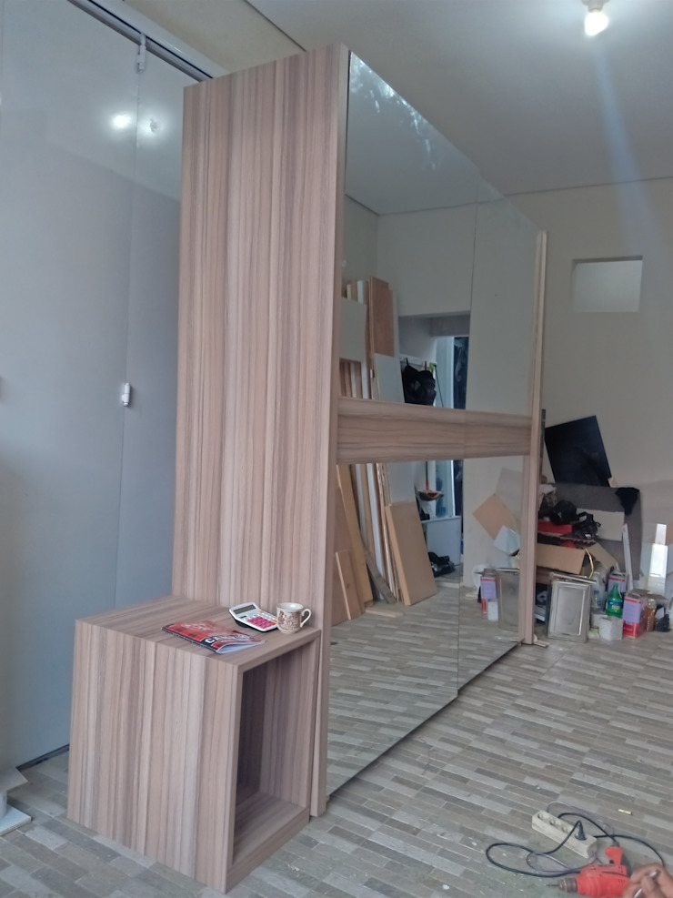 Custom wardrobe Oleh alesha projects Minimalis Kayu Lapis