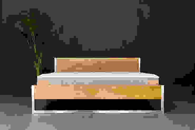 Nature Oak Bett - Edelstahl und Massivholz kombiniert N51E12 - design & manufacture SchlafzimmerBetten und Kopfteile Eisen/Stahl