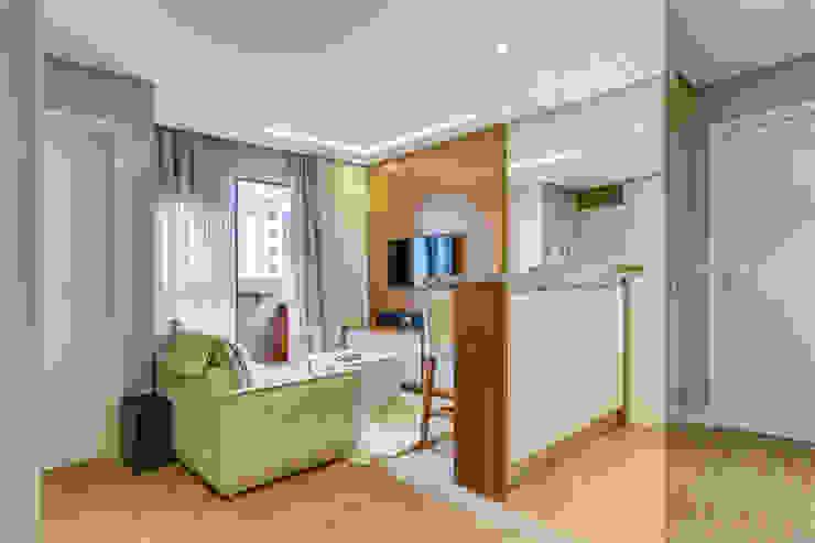 Studio Salas de estar modernas por Samantha Sato Designer de Interiores Moderno MDF