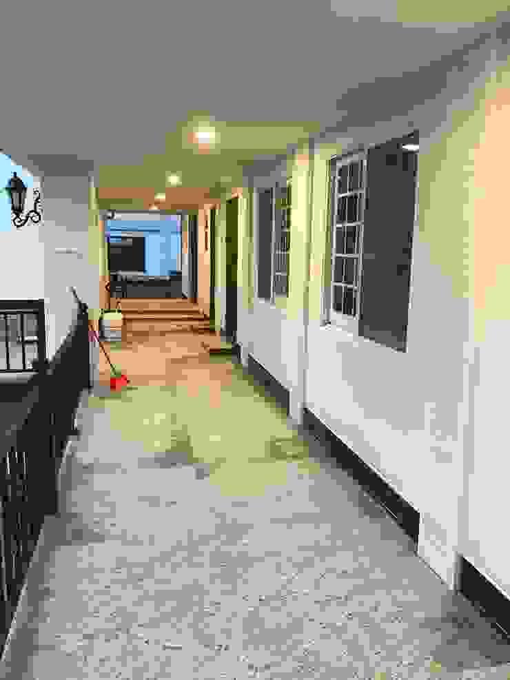外國歐風-前後棟別墅設計 斯堪的納維亞風格的走廊,走廊和樓梯 根據 築地岩移動宅 北歐風