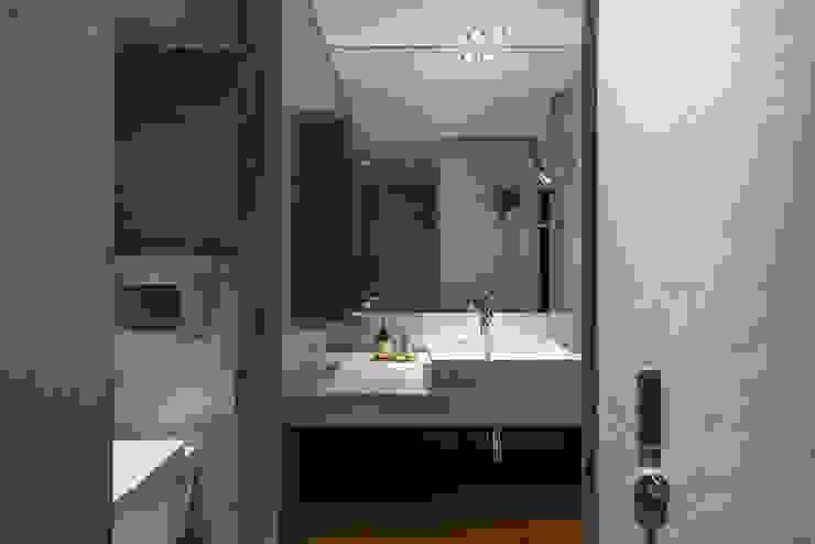 bathroom 湜湜空間設計 浴室 水泥 Grey